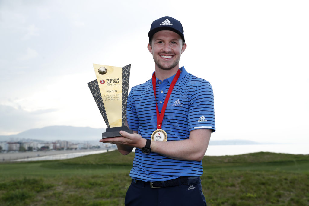 CONNOR SYME WINS TURKISH AIRLINES CHALLENGE